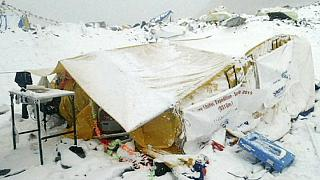 Photographs emerge of deadly avalanche on Mount Everest