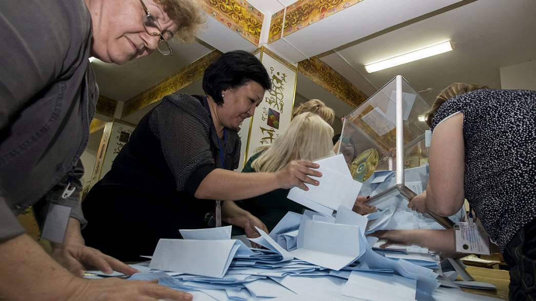 Rekordwahlen in Kasachstan: Präsident Nasabajew im Amt bestätigt