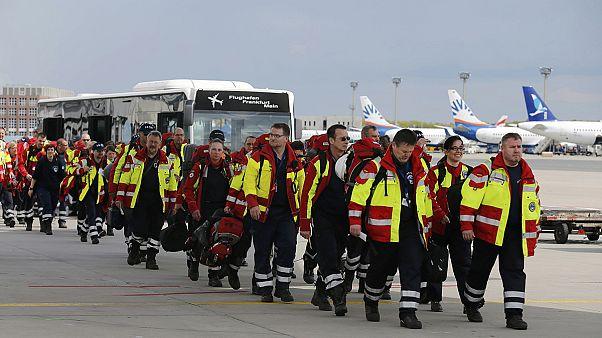 Nepal: International aid response hampered by aftershocks