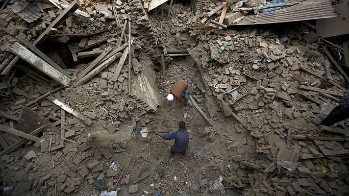 Nepal earthquake death toll tops 3,000