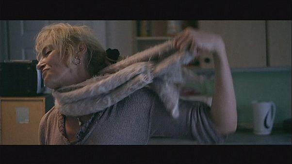 Meg akarom menteni az anyámat a drogtól! - Glassland