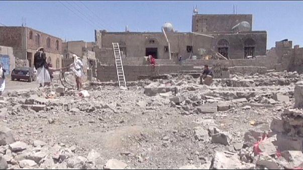Bombardeos saudíes sobre Yemen provocan una veintena de muertos