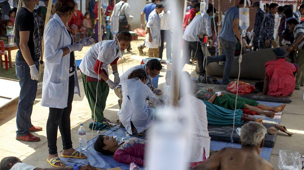 Course contre la montre à l'hôpital de Katmandou