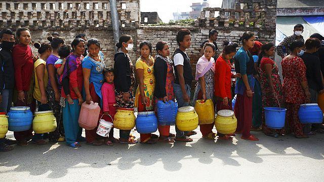 В Непале начался трехдневный траур по жертвам стихии