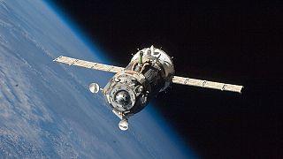 Russischer Raumfrachter dümpelt im All