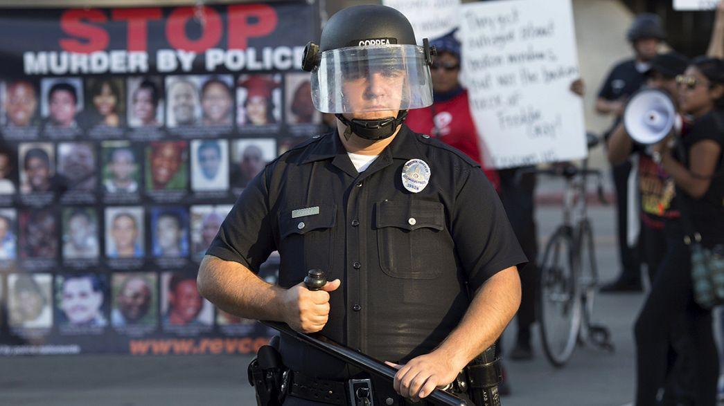 Unruhen in Baltimore: Zusammenstöße trotz nächtlicher Ausgangssperre