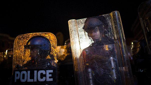 Baltimore'da sokağa çıkma yasağını protesto