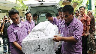اندونيسيا: استنكار استرالي و برازيلي لإعدام سبعة أجانب و أندونيسي بتهمة تهريب المخدرات