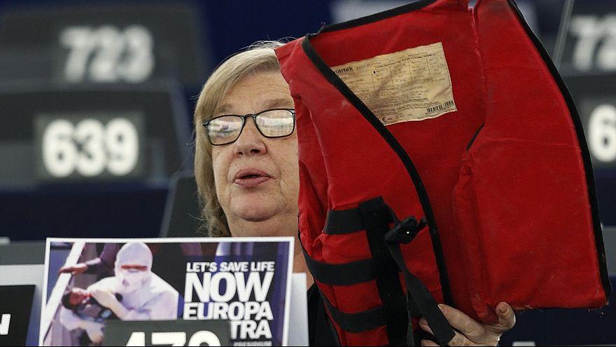 Европарламент проголосовал за квоты на беженцев