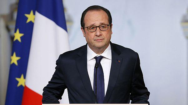 Francia, Hollande aumenta il budget per la Difesa
