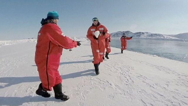 أول مبارة للروجبي في القطب الشمالي