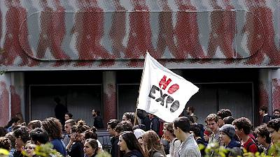 Italy: Students protest on eve of World Expo showcase in Milan