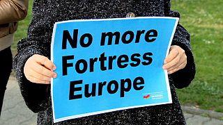 مجله هفتگی اروپا؛ واکنش ناکافی اتحادیه اروپا به وضعیت آوارگان در مدیترانه