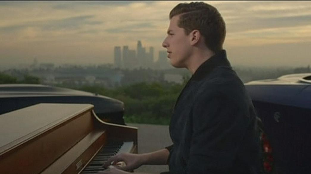 "Charlie Puth bat des records avec ""See you again"""