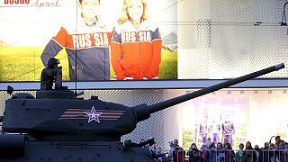 Russie : célébrations du 9 mai avec faste mais avec moins de leaders que prévu