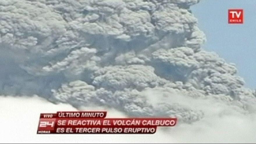 Tercera erupción del volcán Cabulco en Chile