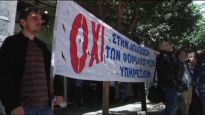 Fogy a görögök türelme - adóellenőrök tüntettek Athénban
