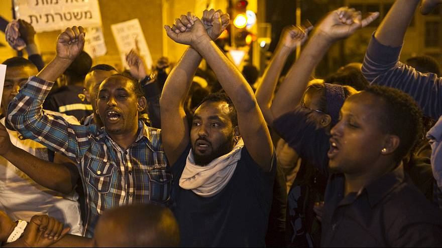 Israelíes de origen etíope protestan en Jerusalén contra la violencia policial