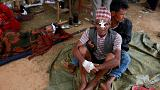 النيباليون يخشون العودة إلى ما تبقى من بيوتهم