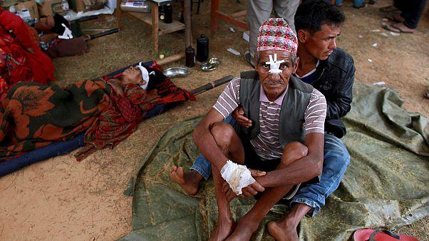 Непал: выжившим в результате землетрясения угрожают эпидемии