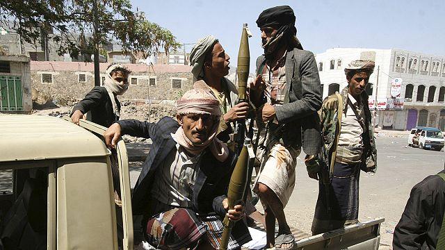 استمرار الاشتباكات على الحدود اليمنية السعودية