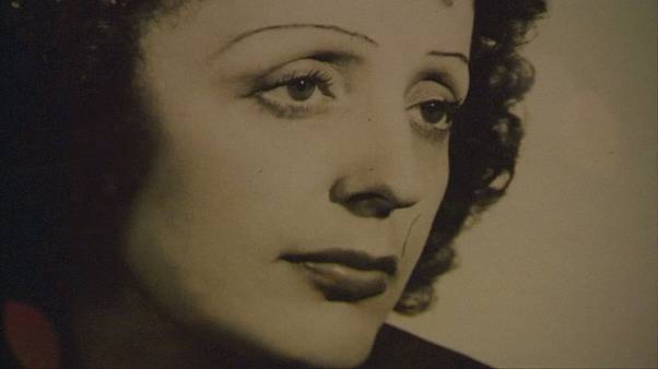 Edith Piaf: Ausstellung zum 100. Geburtstag