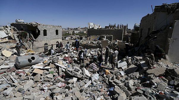 حمله ائتلاف عربی به ساختمان های اطراف فرودگاه صنعا