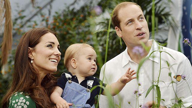 İngiliz Düşesi Kate Middleton kız bebek doğurdu