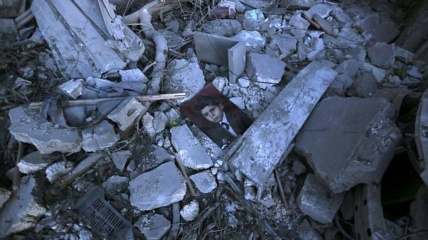 حمله هوایی ائتلاف بین المللی به شمال سوریه ۵۲ کشته برجای گذاشت