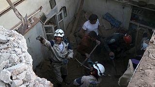 Συρία: Δεκάδες άμαχοι νεκροί σε αεροπορική επιδρομή
