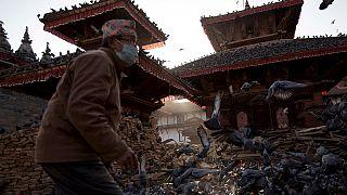 Nepal'de insani yardımların dağıtımında sorunlar bitmiyor