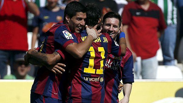 El Barcelona humilla al Córdoba (0-8) y Cristiano Ronaldo da la victoria al Real Madrid en Sevilla