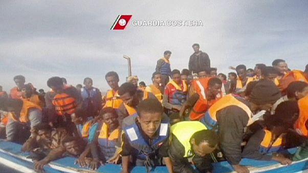 Milhares de imigrantes resgatados durante o fim de semana