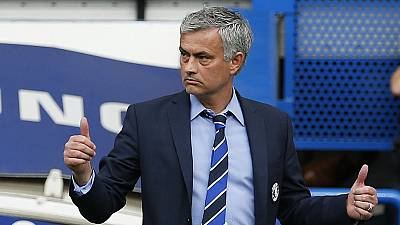 Mourinho leads Chelsea to another Premiere League title