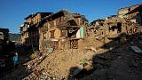 Nepal'de deprem yardımları gümrüğe takıldı