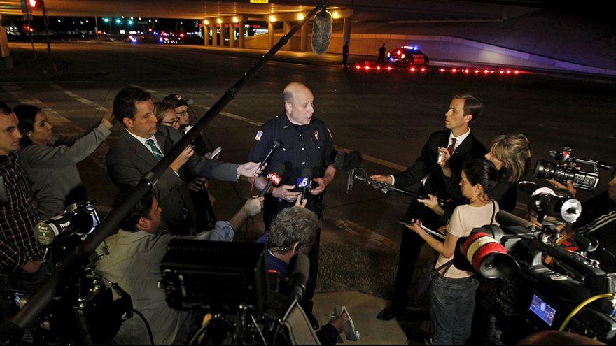 مقتل مسحلين اطلاقا النار عند معرض لرسوم الكاريكاتورية للنبي محمد في تكساس