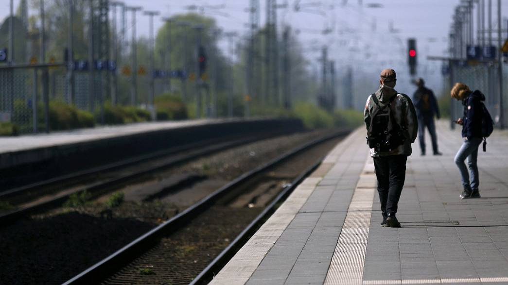 Trains paralysed in Germany by week-long GDL strike
