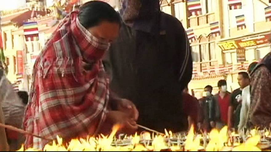 Nepal: mais de 100 corpos resgatados a norte de Katmandu