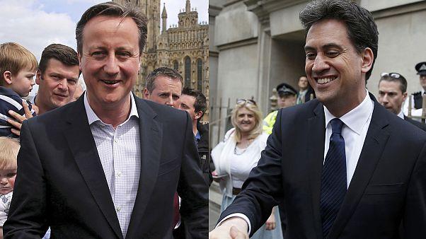 انتخابات بریتانیا؛ حزب کارگر و محافظه کار شانه به شانۀ هم قرار دارند