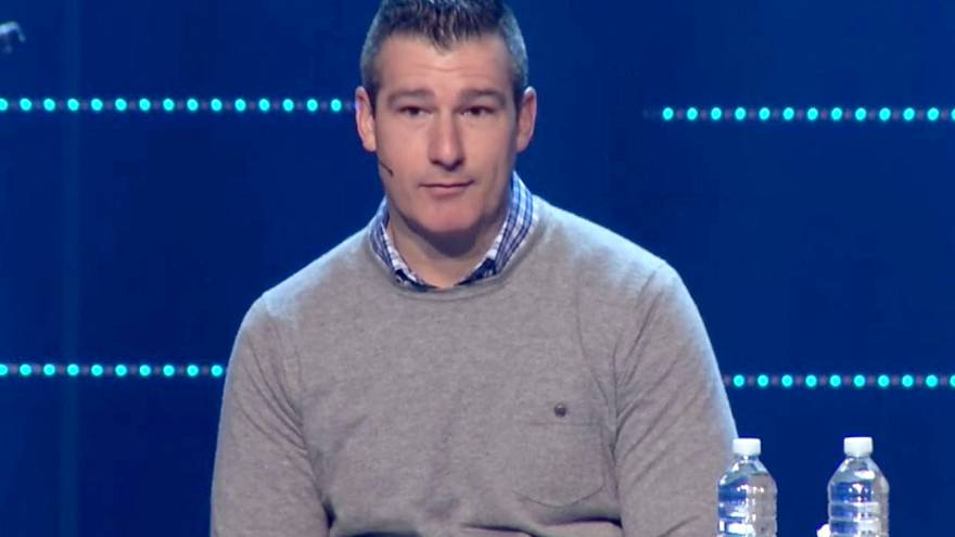Image: Andy Savage makes an apology during the Sunday, January 8th service,