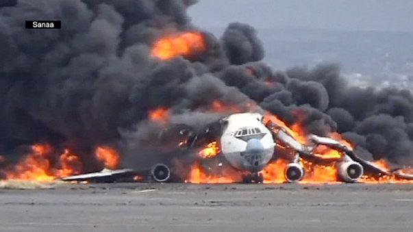 Sanaa Havaalanı alevler içinde