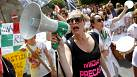 Seven cities in Italy protest school reforms