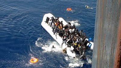 Immigration : vidéo poignante d'une opération de sauvetage