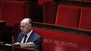 La Asamblea Nacional francesa avala la ley de espionaje del ministro Valls