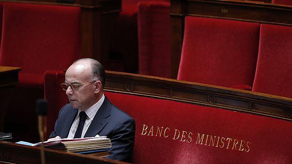 Tömeges, de törvényes megfigyelések kezdődnek Franciaországban