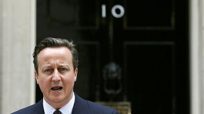 Brit választások: előnyben a konzervatívok