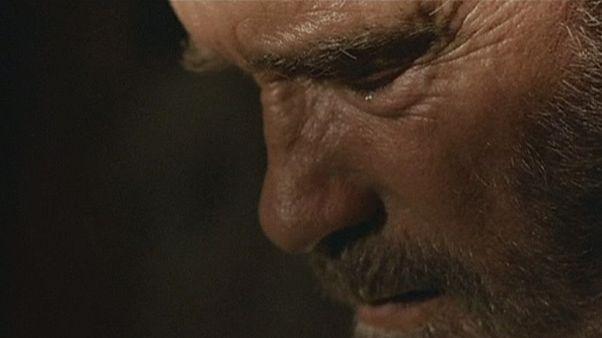 Arnold Schwarzenegger'den duygusal yapım: 'Maggie'
