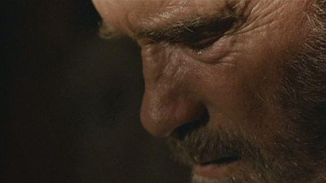 Schwarzy als Zombie-Vater: hilflos und verletzbar