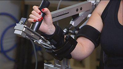 Novas técnicas de fisioterapia com robôs e jogos de vídeo