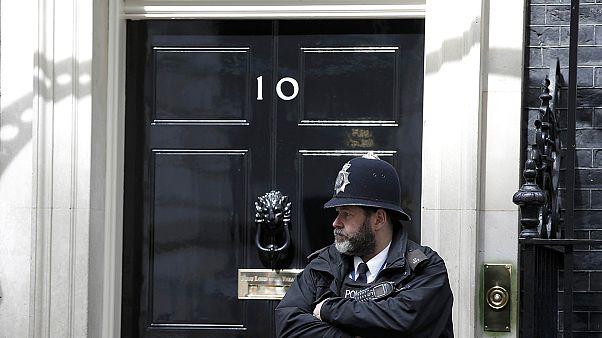 Célegyenesben a brit választási kampány